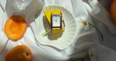 Zegarek damski na pasku